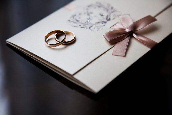 マナーをおさえた、おしゃれな結婚式の招待状