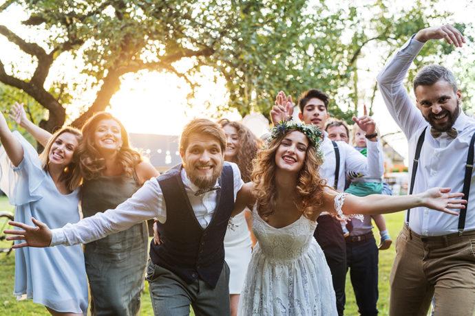 シェアド婚の楽しそうな雰囲気のイメージ